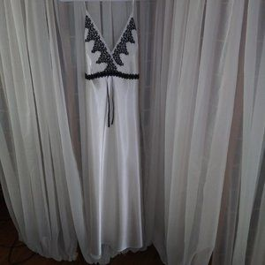 delicates Full Length White Nightgown